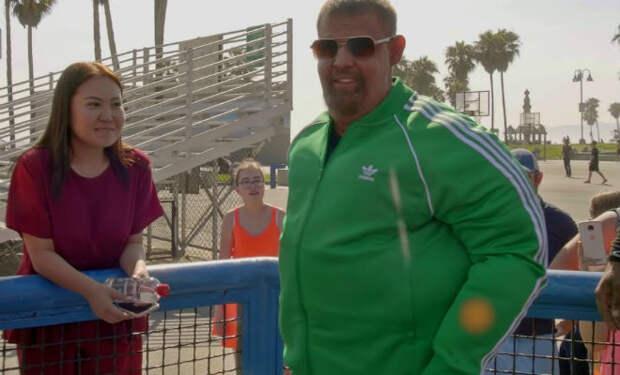 Чемпион притворился толстяком и вышел на пляж учить бодибилдеров