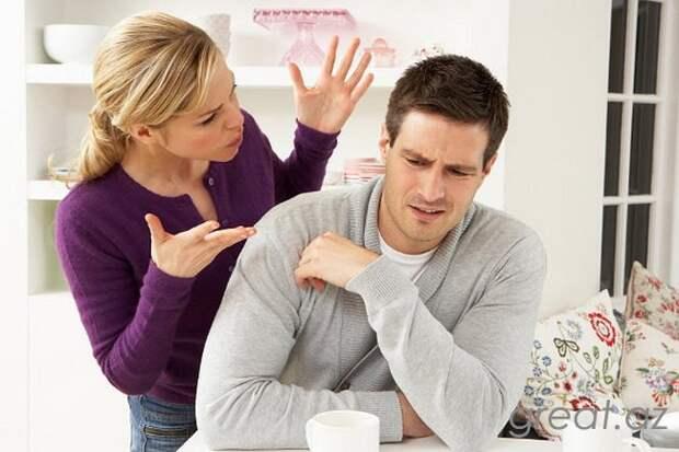 10 роковых фразы, которые разрушат отношения с мужем