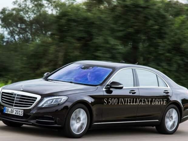 Mercedes-Benz и Audi будут испытывать самоуправляемые автомобили в Калифорнии