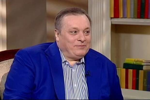"""Андрей Разин обратился к Елене Темниковой в соцсетях: """"Ты простая колхозная баба"""""""