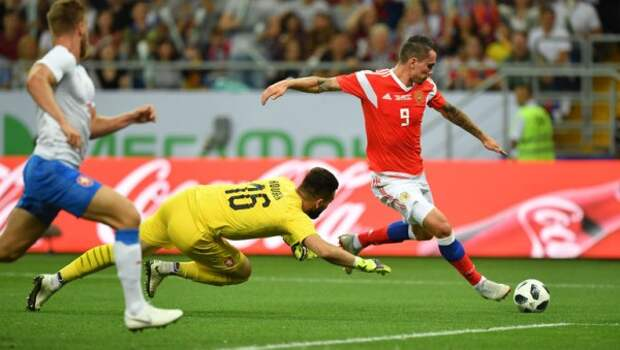 Что за безумие происходит со сборной России по футболу?