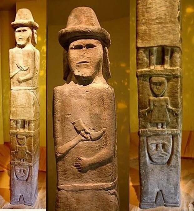 Фото Збручского идола с разных ракурсов
