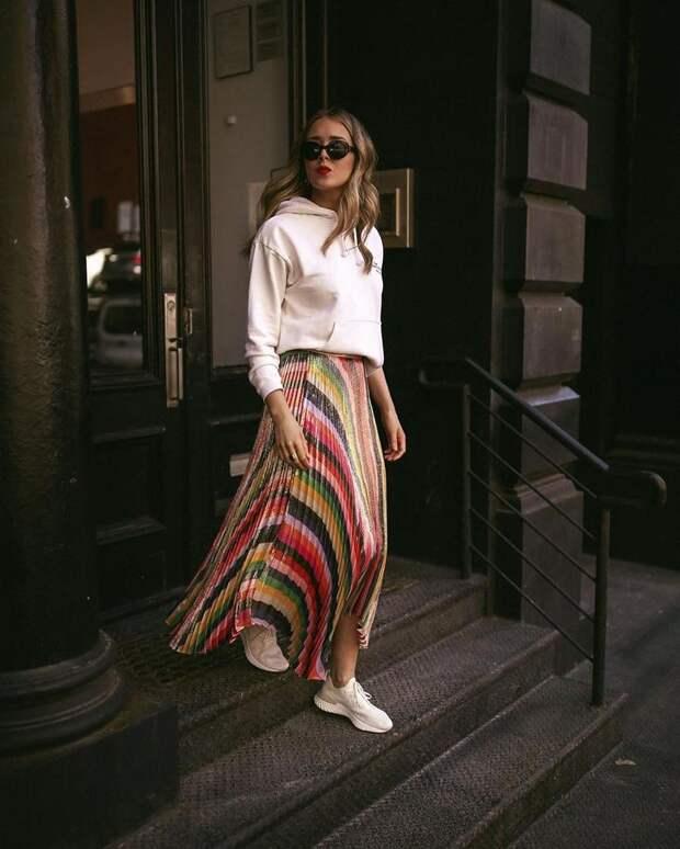 С чем носить юбку весной: 25 неповторимых примеров