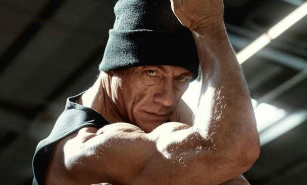 Тренировка 57-летнего Ван Дамма: пример даже для законченного лентяя