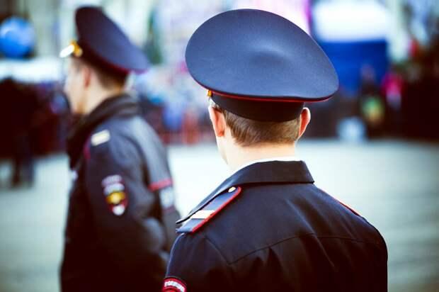 В Cеверном округе Москвы оперативники изъяли у мужчины огнестрельное оружие