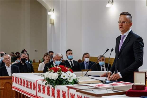 Будапешт отстаивает создание венгерской территориальной автономии в Закарпатье
