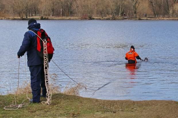 Спасатели начали обследование водоемов в СЗАО