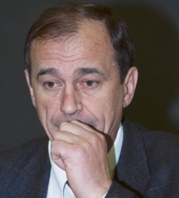 Умер бывший санитарный врач Москвы, уволенный по коррупционной статье и критиковавший локдаун