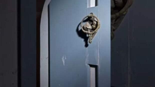 Странные предметы, найденные сыщиками на ранчо Майкла Джексона.