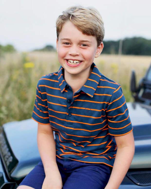 Принц Джордж новое фото восемь лет