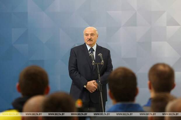 Александр Лукашенко против психоза вокруг темы COVID-19