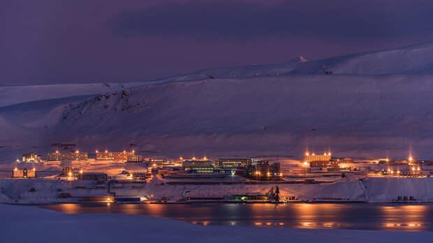 Как живут наши люди в арктическом поселке Баренцбург и Пирамида (ФОТО)