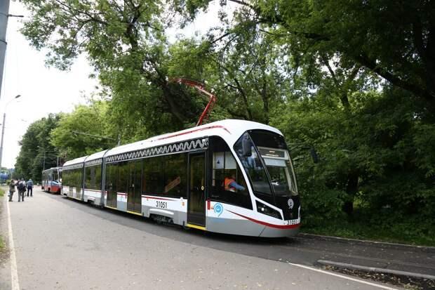 В районе кольца «Братцево» задерживаются трамваи из-за подтоплений