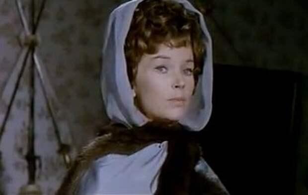 Доун Аддамс. Красавица маркиза из старого доброго фильма плаща и шпаги «Чёрный тюльпан»