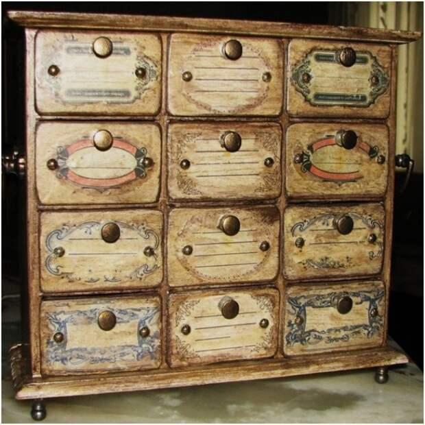 Декупаж мебели своими руками: виды техники и подбор идей для реставрации (26 фото)