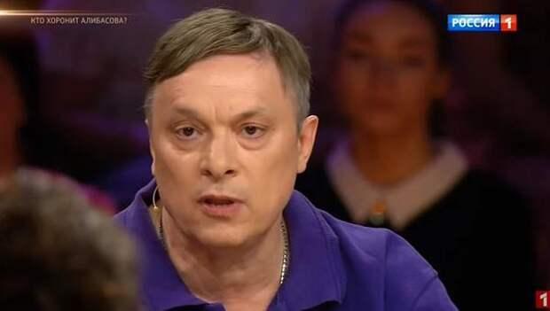 """Разин ответил Лещенко на """"поющего администратора"""": """"Извините, я Вас не уважаю"""""""