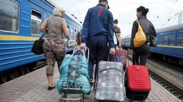 Сбежавшие в 2014 году на Украину переселенцы захотели вернуться в Донбасс