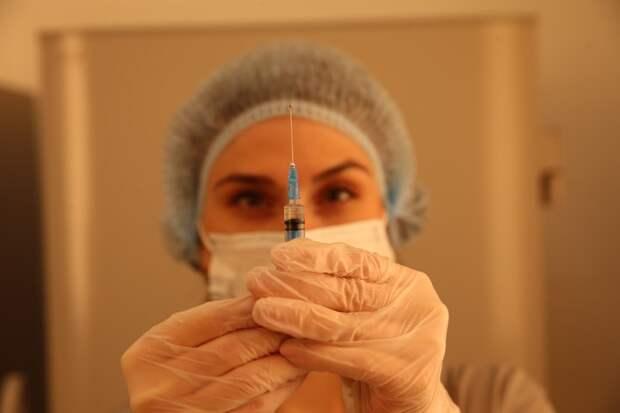 Бизнесменам из Подмосковья разъяснили правила подачи онлайн-заявки на вакцинацию