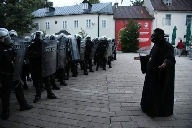 Беспорядки националистов в Черногории и проекции на Украину