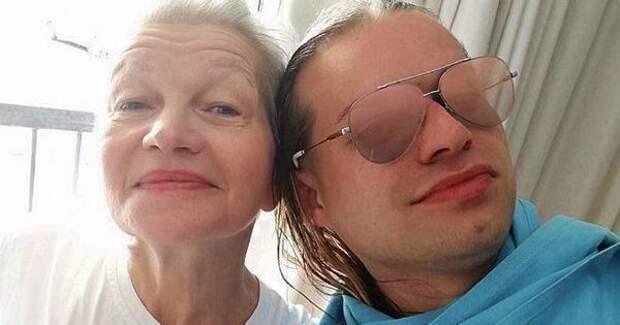 Гоген Солнцев помирился с пожилой женой и посетил психоаналитика