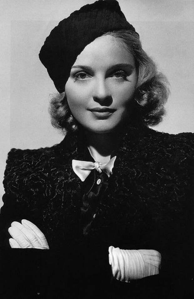 """Ролей было все меньше. Ей осталось довольствоваться """"самой стильной актрисы Голливуда"""". Впрочем, тоже неплохо."""
