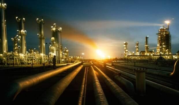 Почти на4% сократилось производство бензина нароссийских НПЗ заянварь–август 2020
