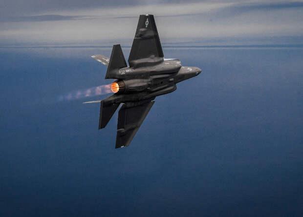ВМС США приняли истребители F-35 на вооружение