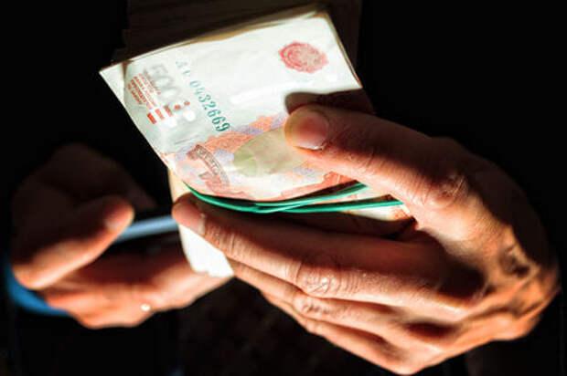 Три года жизни за 5000 рублей: гаишников продолжают сажать за взятки
