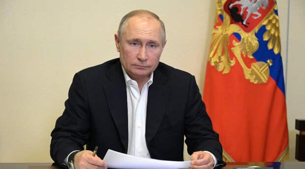 Спасти Путина: в помещении для выступления президента России приняли кучу мер