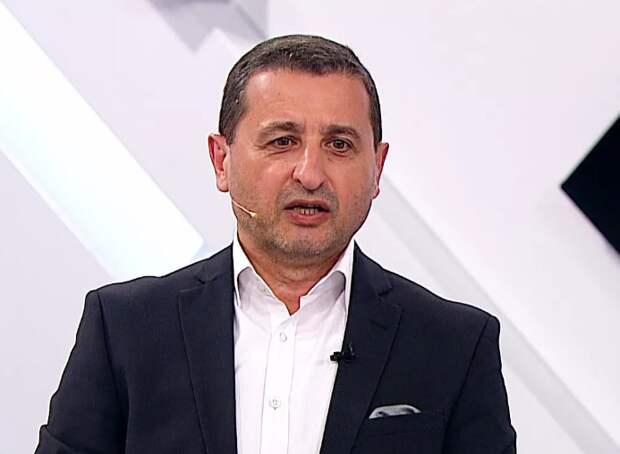 Сосновский назвал причины, по которым суд не примет «бутылочку» Навального