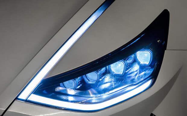 Новая Hyundai Sonata: светодиоды на капоте и еще 8 фишек