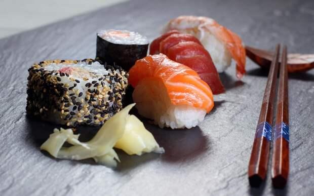 http://www.umamisushifl.com/wp-content/uploads/2015/09/Sushi_Photos11.jpg