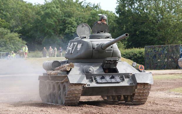 Т-34 занял первое место в рейтинге лучших танков Второй мировой