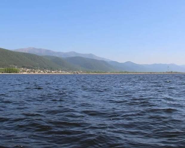 Спортсмены завершили первый этап экологического заплыва на Байкале