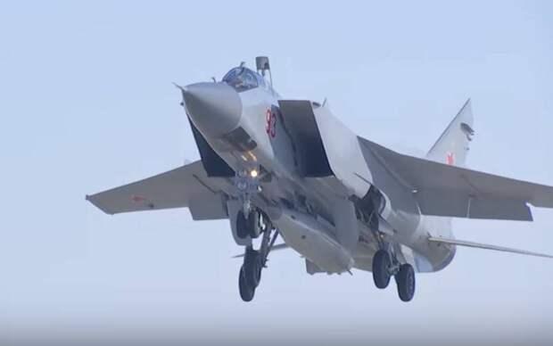 """Минобороны провело испытания гиперзвуковой ракеты """"Кинжал"""" в Арктике"""