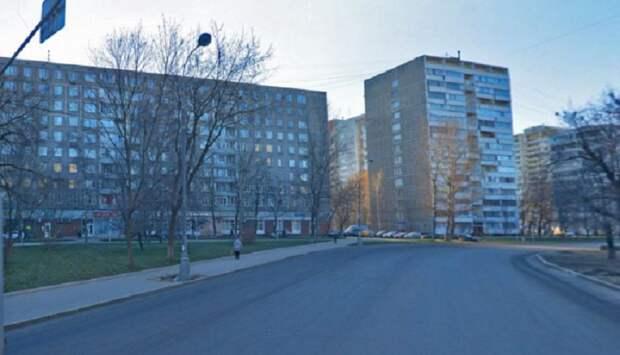 Жильцы дома на Ташкентской поблагодарили главу Мосжилинспекции за помощь в разрешении ситуации с управляющей компанией