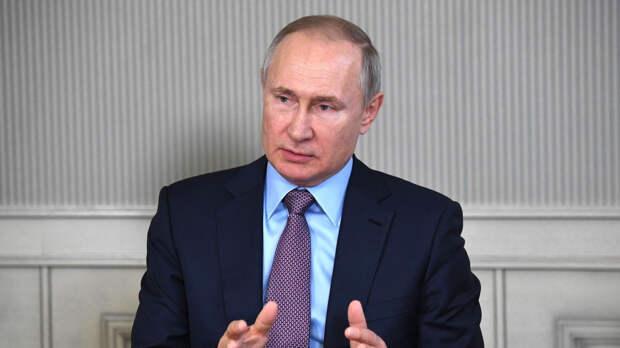 Путин заявил о необходимости решить проблемы в первичном звене медицинской помощи