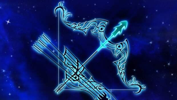 Астролог Элеонора Гинзбург рассказала, что сулят звезды знакам зодиака в августе