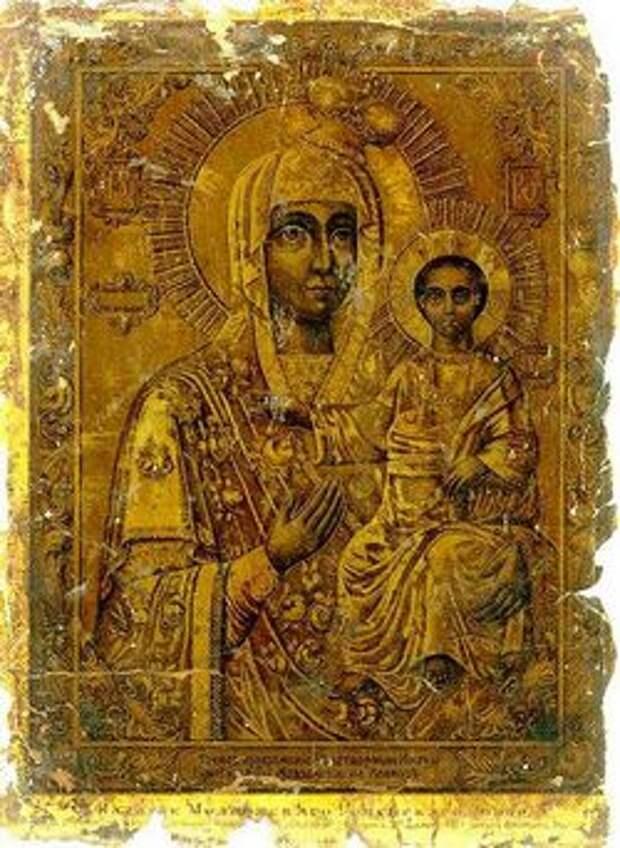 Пред Ея иконою молятся о защите от междоусобной брани