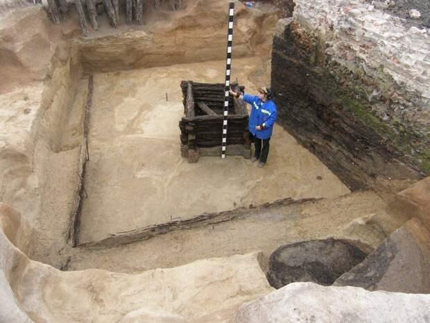 Глубина монгольского пласта во Владимире