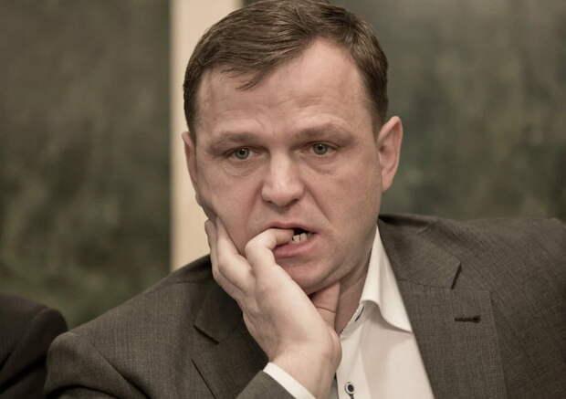 """Кандидат в президенты Молдавии: """"Никогда не встану на колени перед Россией"""" Комментарии молдован"""