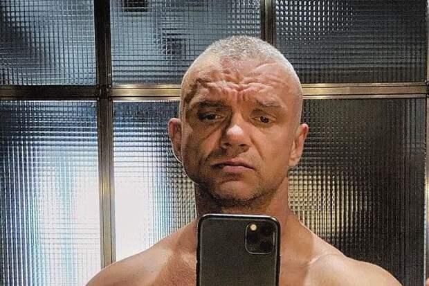 Владимир Епифанцев босиком подрался в баре из-за жены