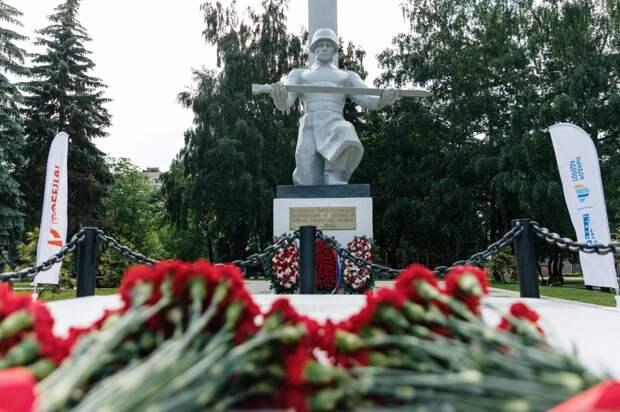Московский НПЗ отреставрировал мемориалы Великой отечественной войны