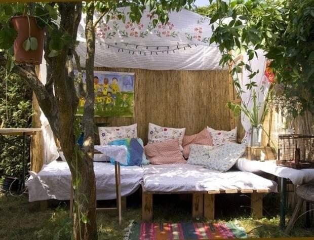 Место для отдыха с навесом. \ Фото: novamett.ru.