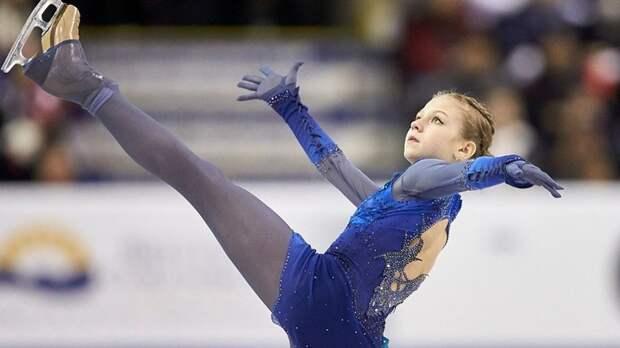 Трусова падала иставила мировые рекорды. Медведева— нет, итолько пятая