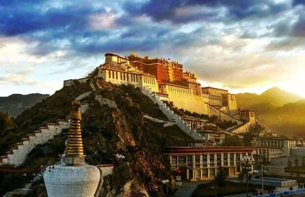 В Китае прошло торжественное собрание в честь 70-летия мирного освобождения Тибета