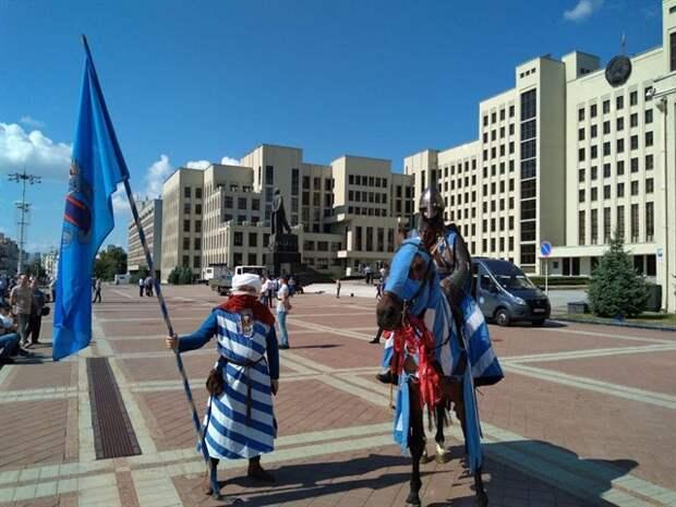 Белоруссию втягивают в новую холодную войну с Россией