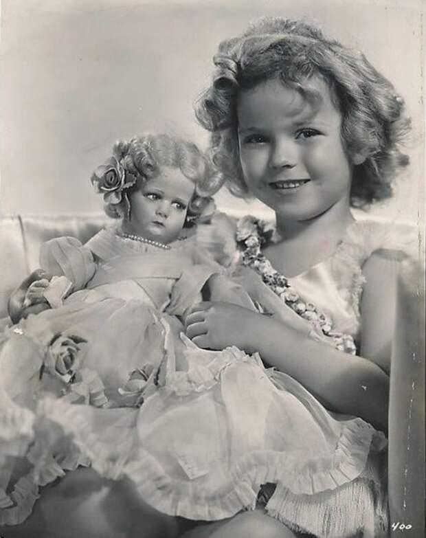 Девочка-кукла Ширли Темпл.