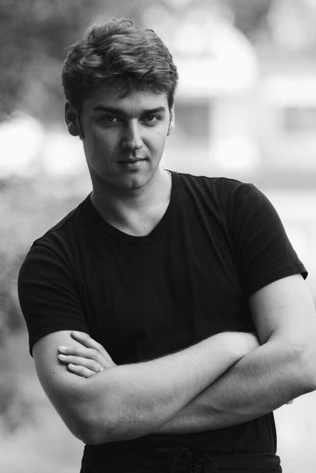 Скончался актер дубляжа Сергей Смирнов