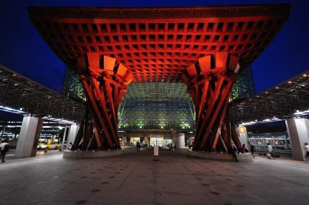 Станция Канадзава, Канадзава, Япония